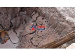 桩基岩石快速破除基坑开挖破石劈裂机